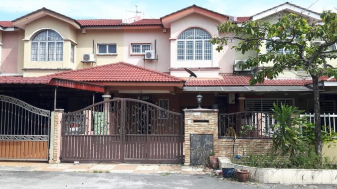 Double Storey Bandar Puteri Klang 1